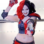 Manchester Film & Comic Con 2016, Cosplay, Cosplayer, Female, Comics, DC Comics, DC, New 52, Batman, Harley Quinn, Roller Derby, PVC, Shoulder Guards, Elbow Guards, Gloves, Knee Guards, 5150 ...